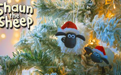 Make Your Own Shaun Christmas Tree